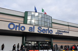 Bergamo Airport Orio al Serio transfer by Mercedes E-class, transfer by Mercedes S-class, VITO, VIANO