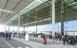 Berlin Airport Brandenburg transfer by Mercedes E-class, transfer by Mercedes S-class, VITO, VIANO