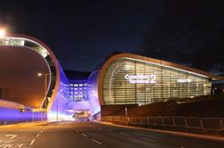 مطار دبلن خدمة النقل بمرسيدس الفئة E، خدمة النقل بمرسيدسالفئة S، فيتو، فيانو