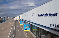 Το αεροδρόμιο Φρανκφούρτη Χαν  μεταφορά από Mercedes E class, Mercedes S class, VITO, VIANO