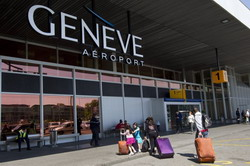 Geneva Airport Cointrin Taxi and chauffeur service on Mercedes V class, transfer by Mercedes Sclass, Minivan or VIANO