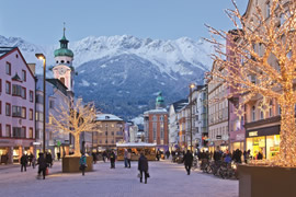 Innsbruck Taxi and chauffeur service on Mercedes V class, transfer by Mercedes Sclass, Minivan or VIANO