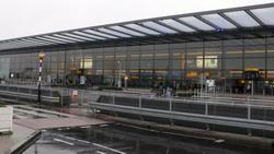 London Heathrow Airport transfer by Mercedes E-class, S-class or minivan Viano-Vito