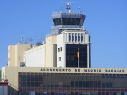 Madrid Airport Barajas transfer by Mercedes E-class, S-class or minivan Viano-Vito