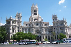 Madrid transfer by Mercedes E-class, S-class or minivan Viano-Vito