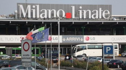 Milan Airport Linate Taxi and chauffeur service on Mercedes V class, transfer by Mercedes Sclass, Minivan or VIANO