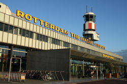 Rotterdam Airport transfer by Mercedes E-class, S-class or minivan Viano-Vito