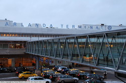 Stockholm Airport Arlanda Taxi and chauffeur service on Mercedes V class, transfer by Mercedes Sclass, Minivan or VIANO