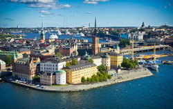 Stockholm Taxi and chauffeur service on Mercedes V class, transfer by Mercedes Sclass, Minivan or VIANO